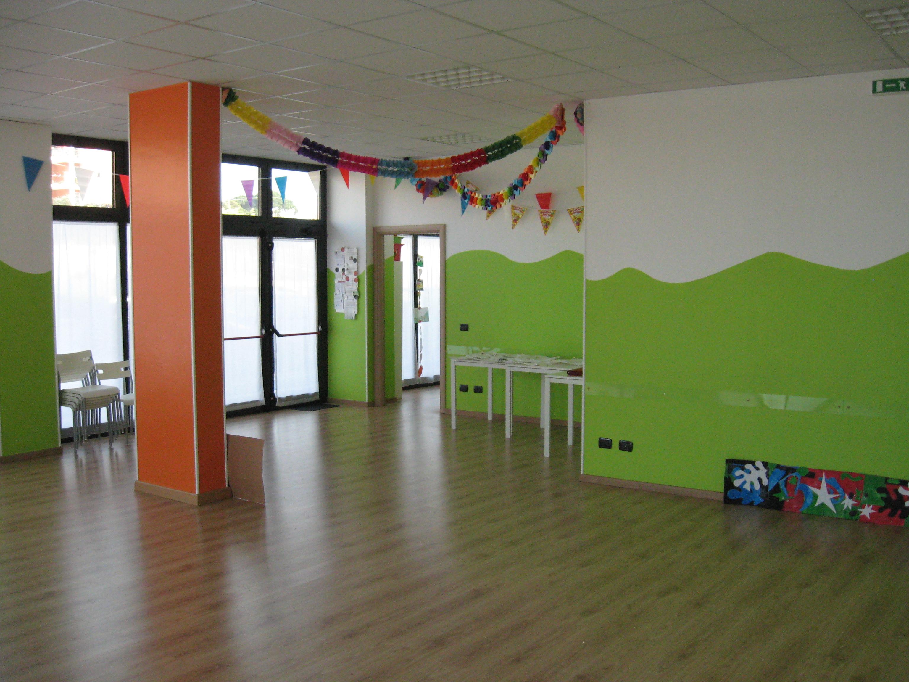 Sala per feste roma eur la voce dei colori for Colori per la sala